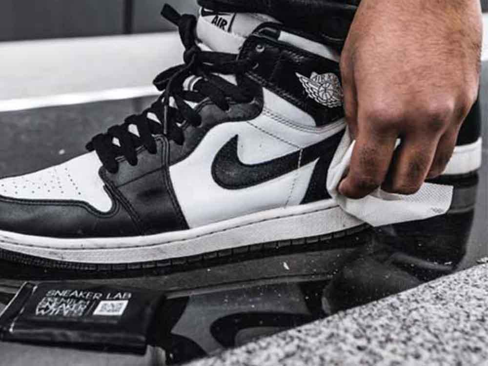 【Sneaker Lab】スニーカーワイプス 12枚入り