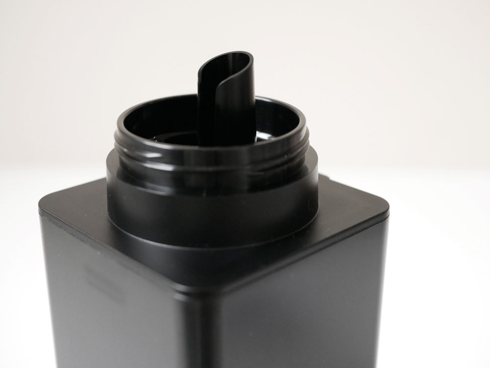 【tower】マグネット詰め替え用ランドリーボトル ブラック