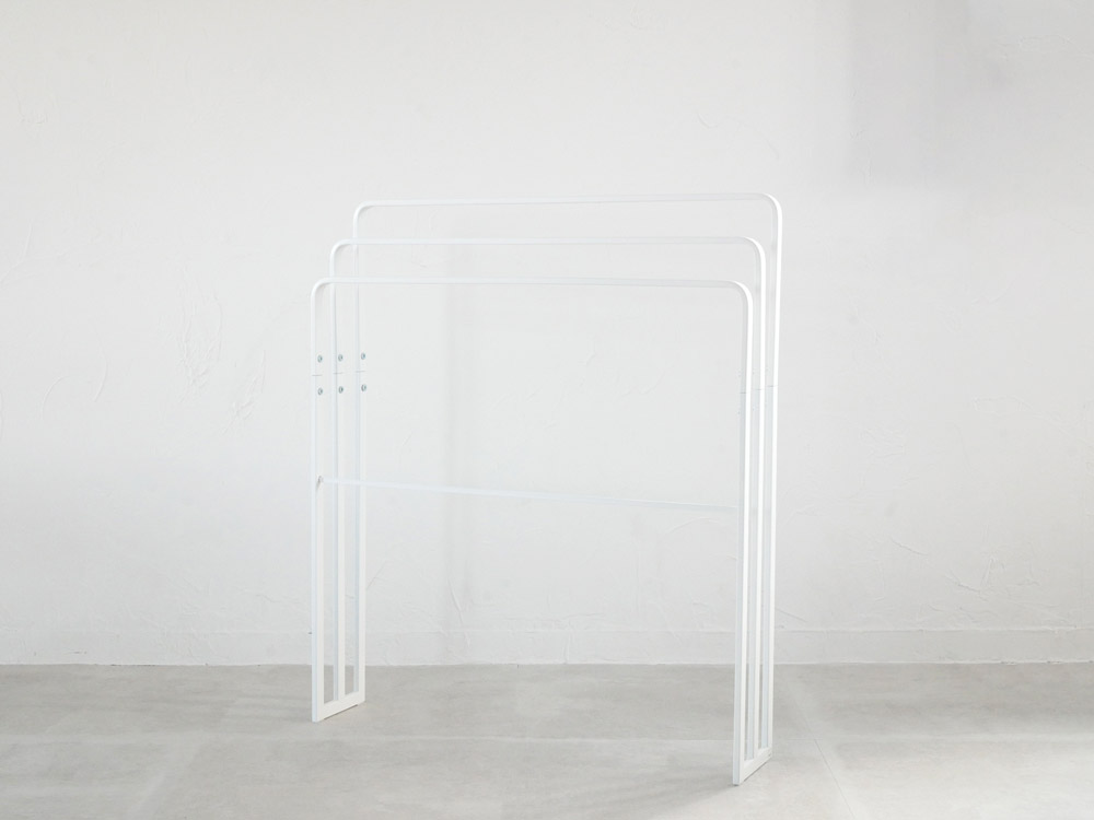 【tower】横から掛けられるバスタオルハンガー 3連 ホワイト