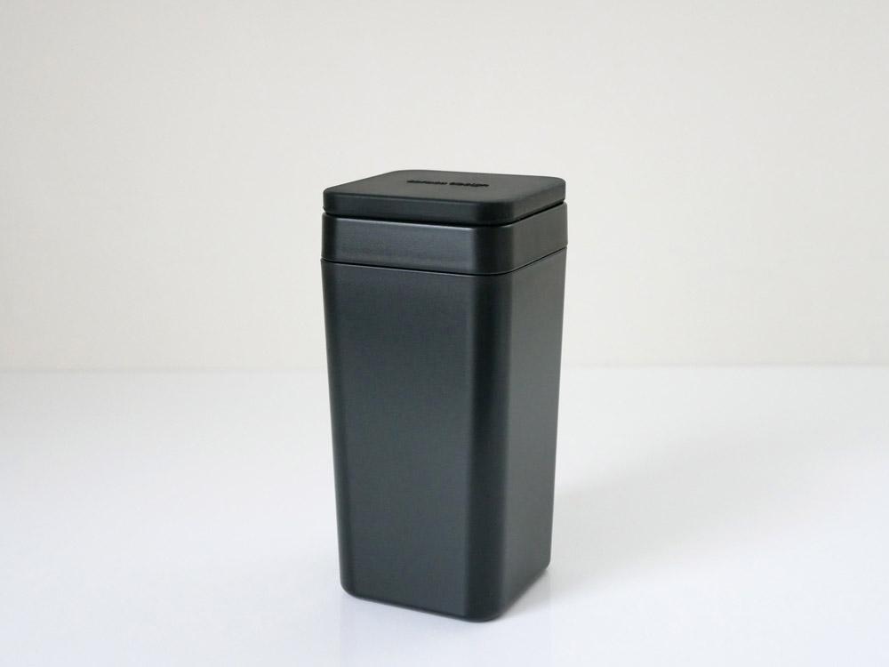 【B2C】  ウェットティッシュスタンド シリコン蓋 /ブラック