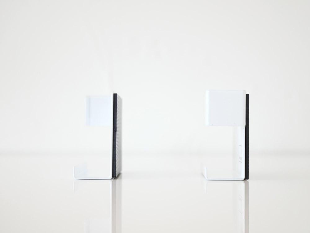 【Plate】マグネットタブレットホルダー ホワイト