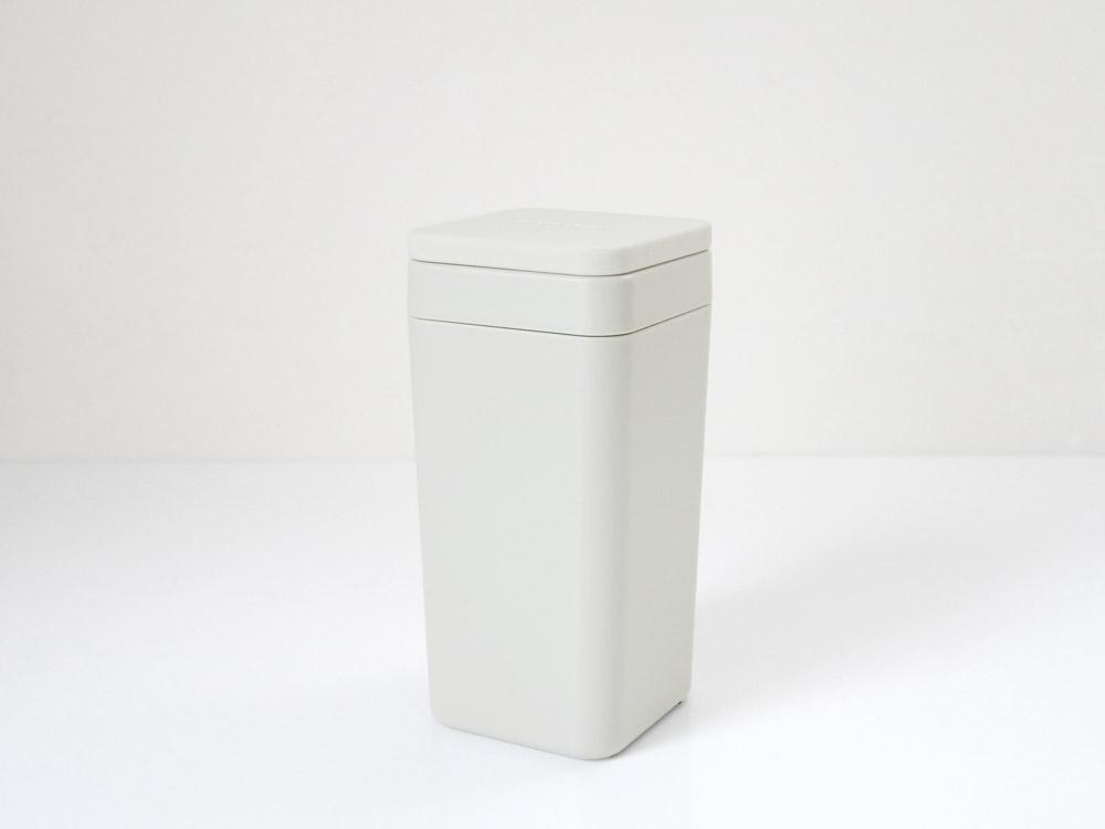 【B2C】  ウェットティッシュスタンド シリコン蓋 /ウォームグレー