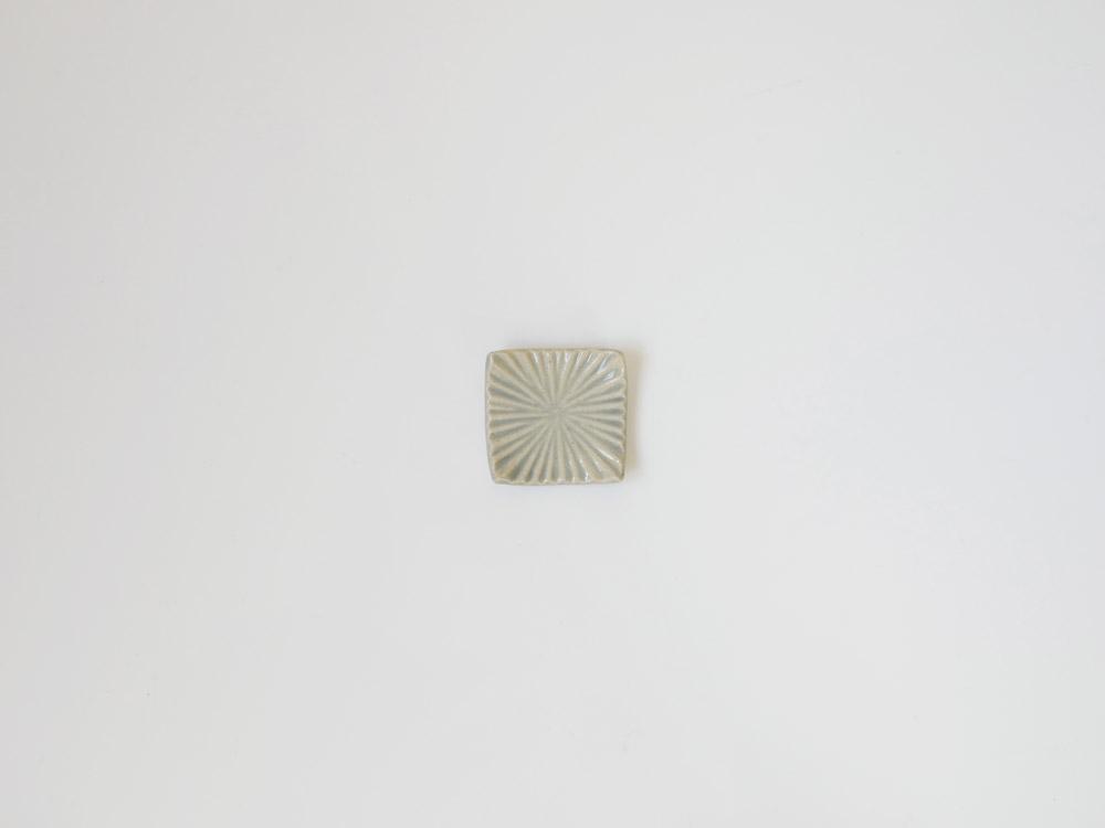 【俊峰陶苑】花あかり 角箸置/あじさい