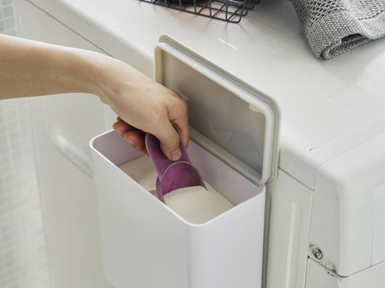 【tower】マグネット洗濯洗剤ボールストッカー ホワイト