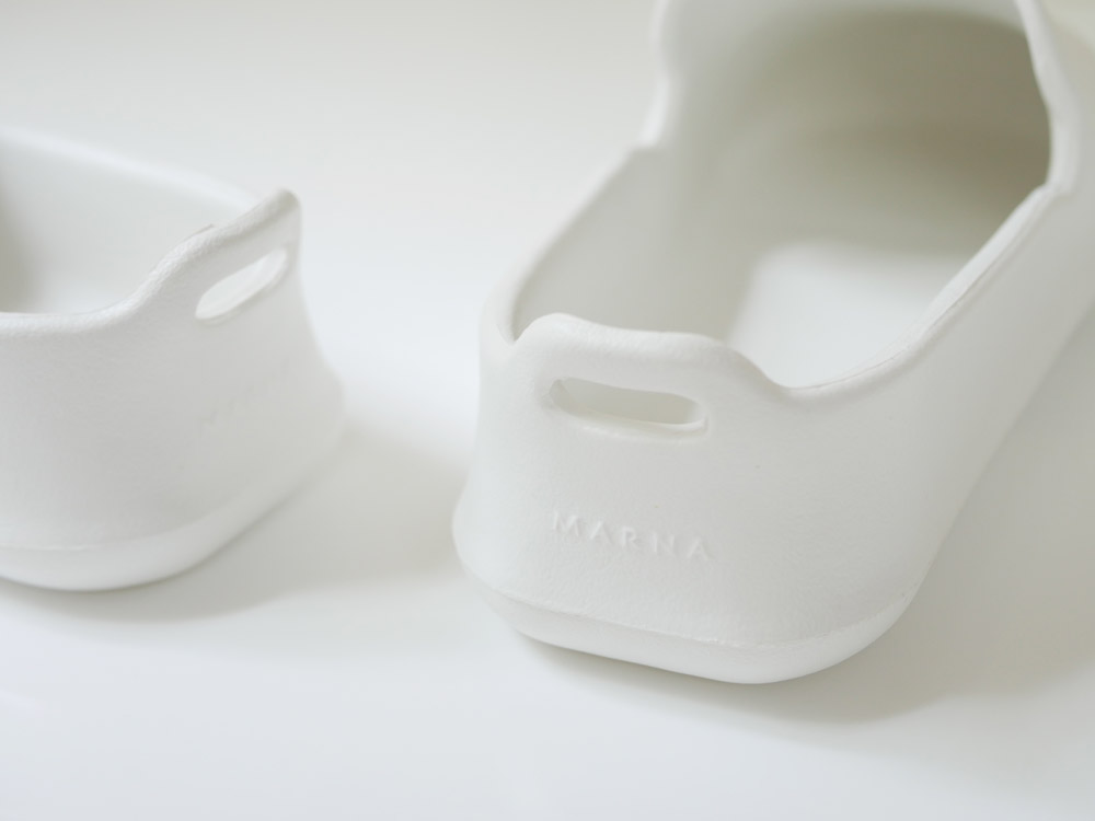 【MARNA】 お風呂のスリッパ ホワイト