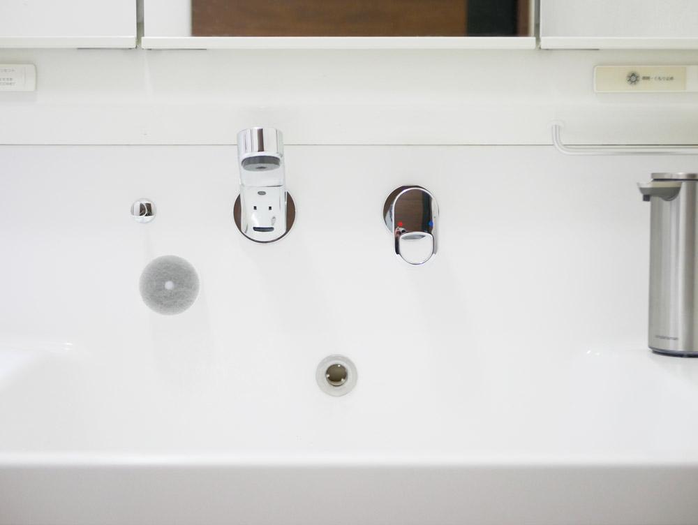 【MARNA】 洗面スポンジ POCO吸盤付き グレー