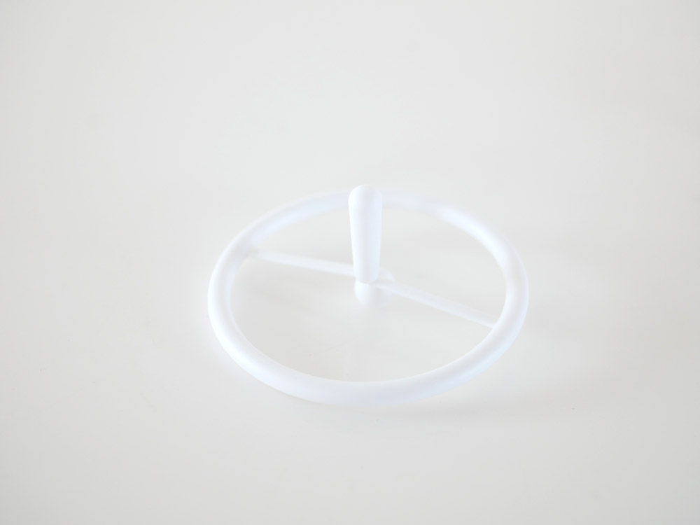 【+d】スピン ホワイト