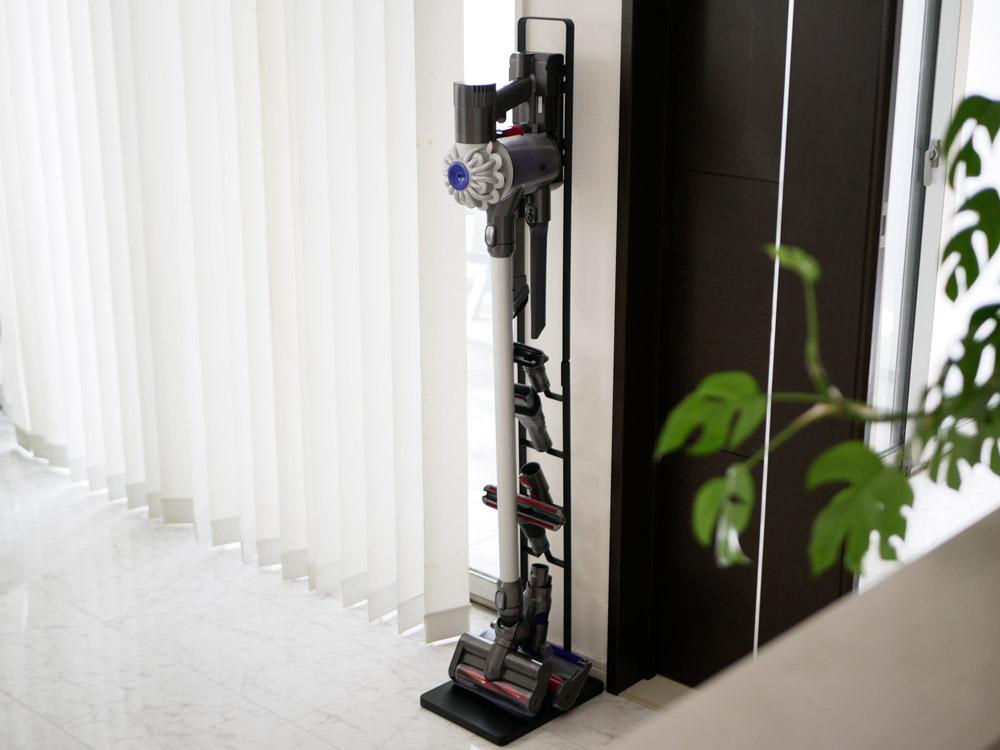 【tower】コードレスクリーナースタンド ブラック