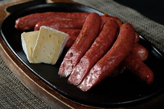 蒜山ジャージー荒挽ソーセージ(チーズ入り) 130g