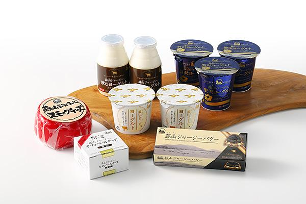 乳製品と飲むヨーグルトセット