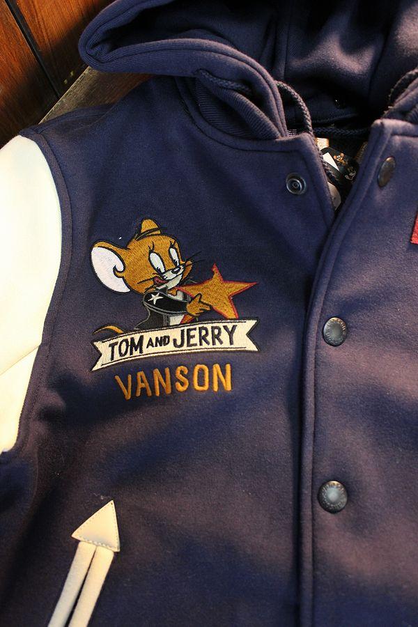 VANSON×Tom and Jerry トムとジェリーコラボ TJV-2031 ボンディングスタジャン フード着脱式 ネイビー/アイボリー