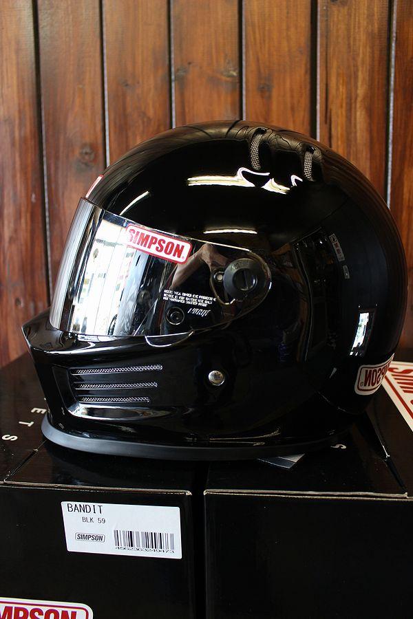 ☆シールドサービス☆シンプソン(SIMPSON) ヘルメット BANDIT  バンディット ブラック