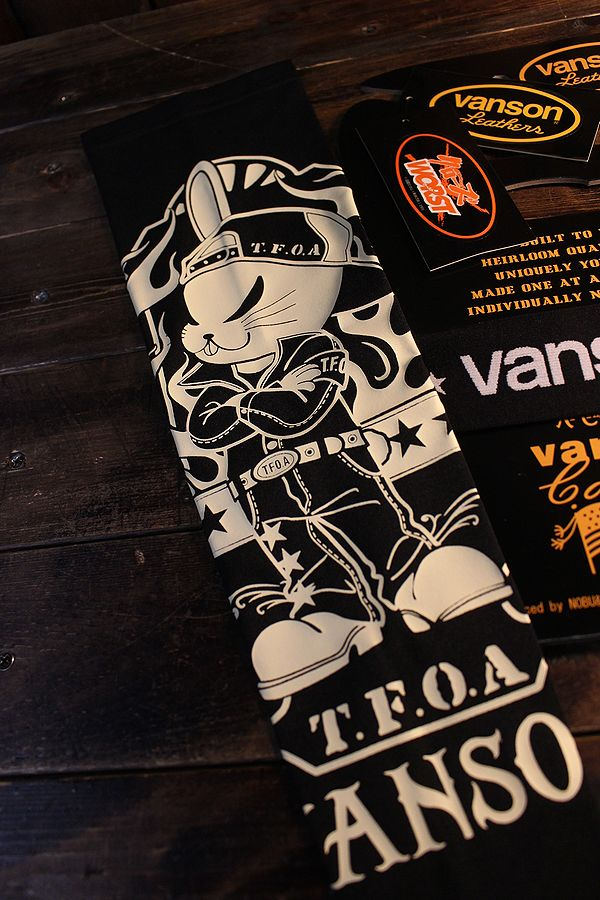 VANSON×クローズ×WORST 武装戦線 T.F.O.A  アームシェード CRV-2115 ドライアームシェーイド ブラック・ブラックカモ