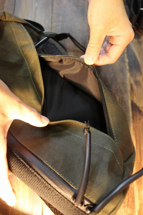 カドヤ(KADOYA)  ALTER KEIS(アルタケイス) RIDES SHOULDER BAG ライズショルダーバッグ カーキ