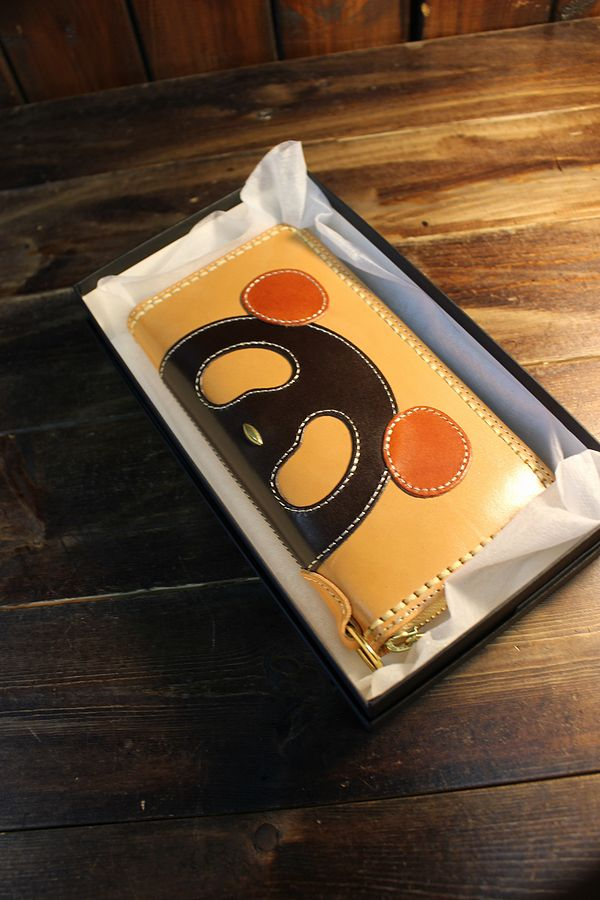 PANDIESTA JAPAN 熊猫謹製 パンディエスタ 530450 パーッチワークフェイスラウンドZipウォレット