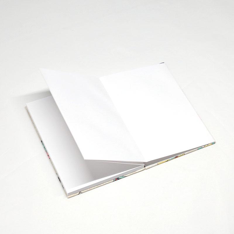 御朱印帳/通販/カラフル/おしゃれ/白地/ドット/水玉/蛇腹式/日本製/タテ約16cm×ヨコ11.3cm