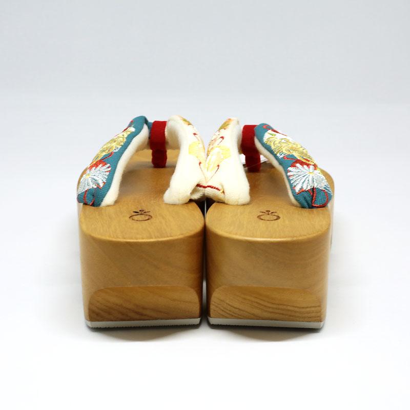 桐下駄/和装小物/カジュアル/白木/ヒールあり/浴衣や紬に/下駄サイズ:約23cm・幅約9cm・高さ6cm(ヒール含む)/日本製/通販