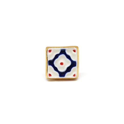 帯留め/和装小物/美濃焼タイル/菊花/青/もざいく/焼磁器/カジュアル/小紋や紬、浴衣に合わせて/サイズ:約1.6cm×1.6cm/日本製/通販