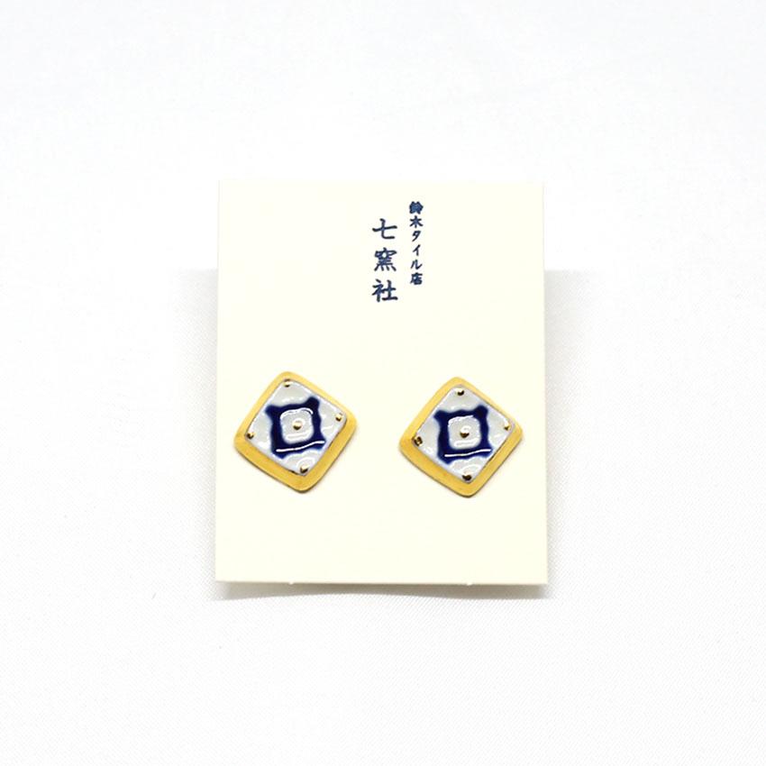 イヤリング/アクセサリー/和装小物/美濃焼タイル/菊花/青/もざいく/焼磁器/カジュアル/サイズ:約1.5cm×1.5cm/日本製/通販