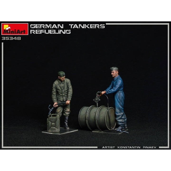 【新製品】35348 ドイツ兵 燃料補給中2体入(ドラム缶2個+石油缶4個付)