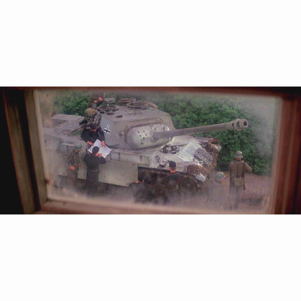 【新製品】MT72118 映画「遠すぎた橋」 パンサー(レオパルト 1A2)