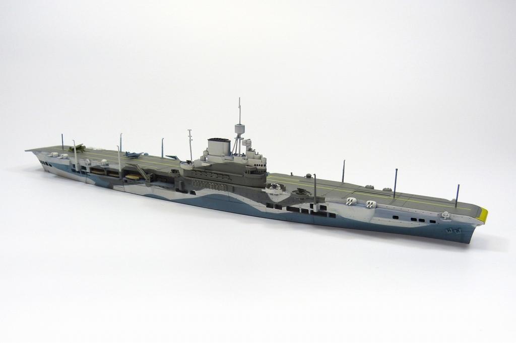 WL718 英国海軍 航空母艦 イラストリアス