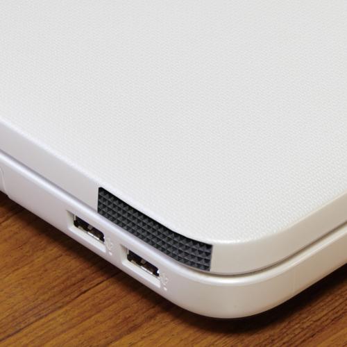 カメラ張り革 4117 ラインパターンタイプ 全判450×550ミリ(裏面両面テープ付き)