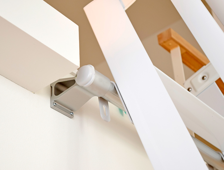 最軽量【ルカーノラダー】 アルミ製ロフトはしご 正面手すり仕様