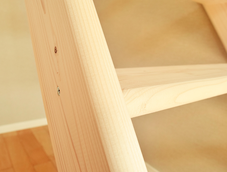 北欧産【ワイドステップ】 木製ロフト階段 片側手すり仕様