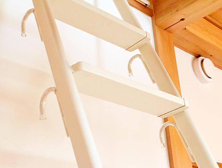 省スペース【シンプルラダー】 スチール製ロフトはしご