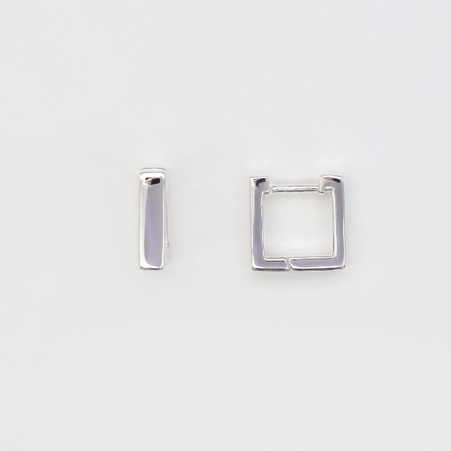 40C0020SVE SV925製ピアス スクエア 10.5×10.5mm厚3.3mmポスト線径1.0mm 1ペア