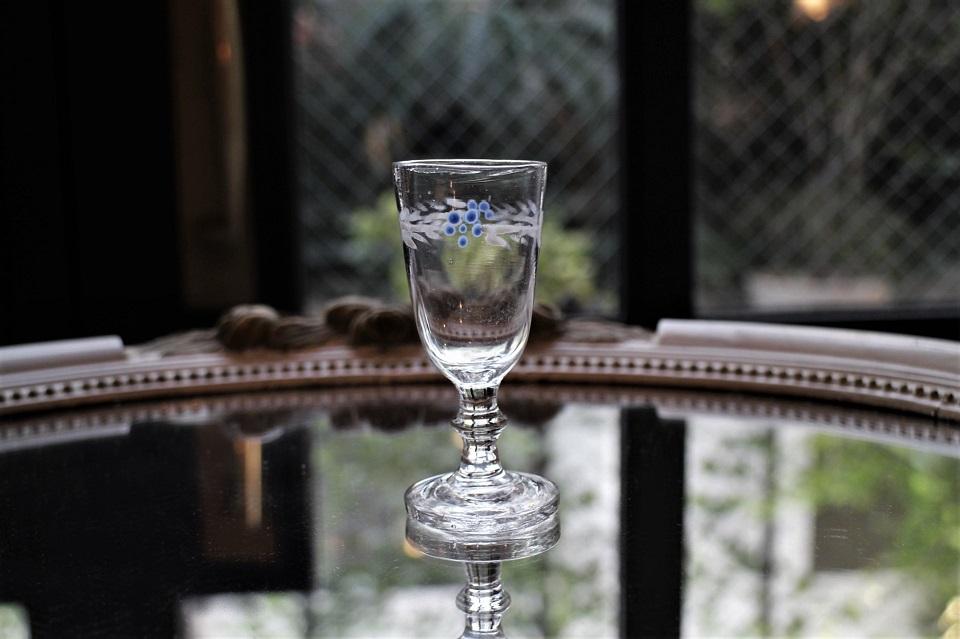 フランス エナメル彩のミニグラス 499512