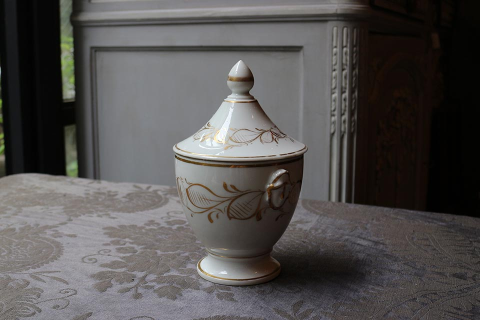 《 SALE 》 フランス パリ窯 ポーセリンシュガーポット 2472