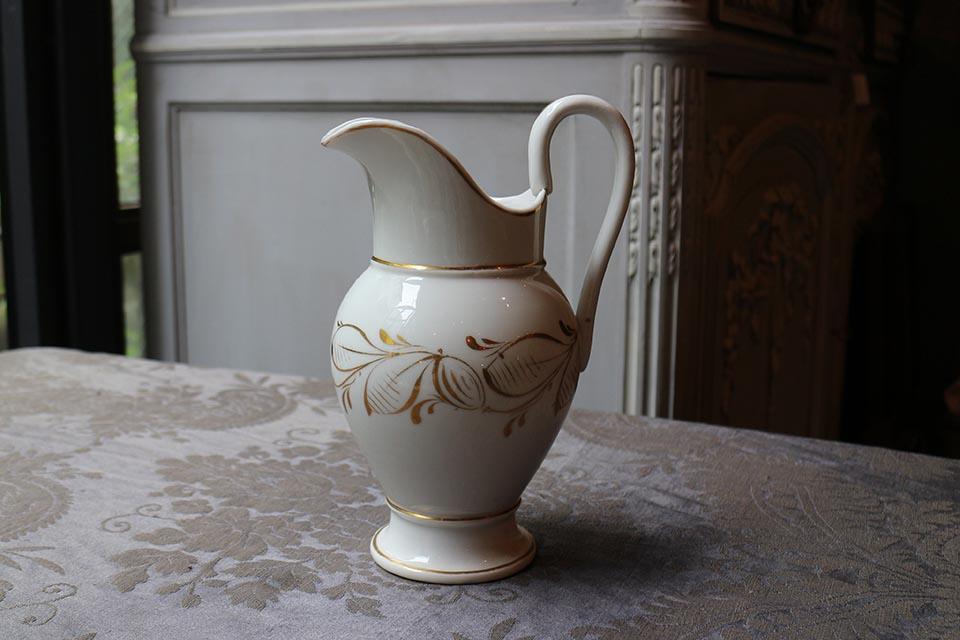 フランス パリ窯 ポーセリンミルクジャグ 2472