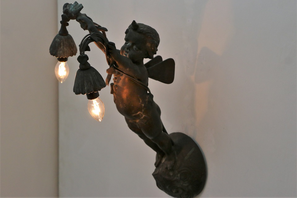 フランス エンジェルの2灯式ランプ 4131