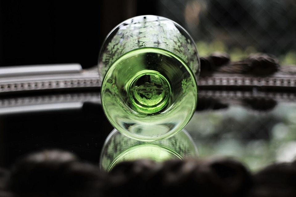 バカラ エリザベート グリーン ワイングラス 5052