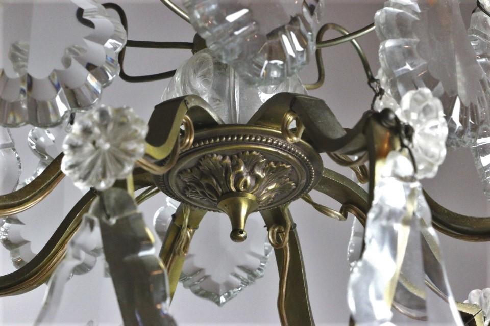 フランス アンティーク クリスタルドロップがついたブラスシャンデリア 8灯 1356