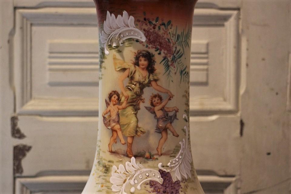 フランス ハンドペインテッド エンジェル ミルクガラスフラワーベース 2146