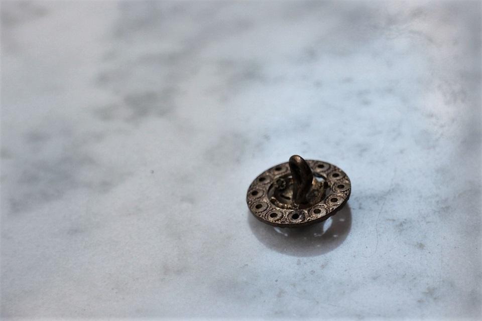 アールヌーボー 真鍮ボタン Φ15mm 1754_05