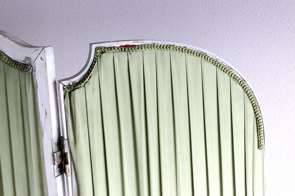 《 SALE 》 シノワズリーな雰囲気が魅力のルイ16世様式ペイントパーテーション 2117