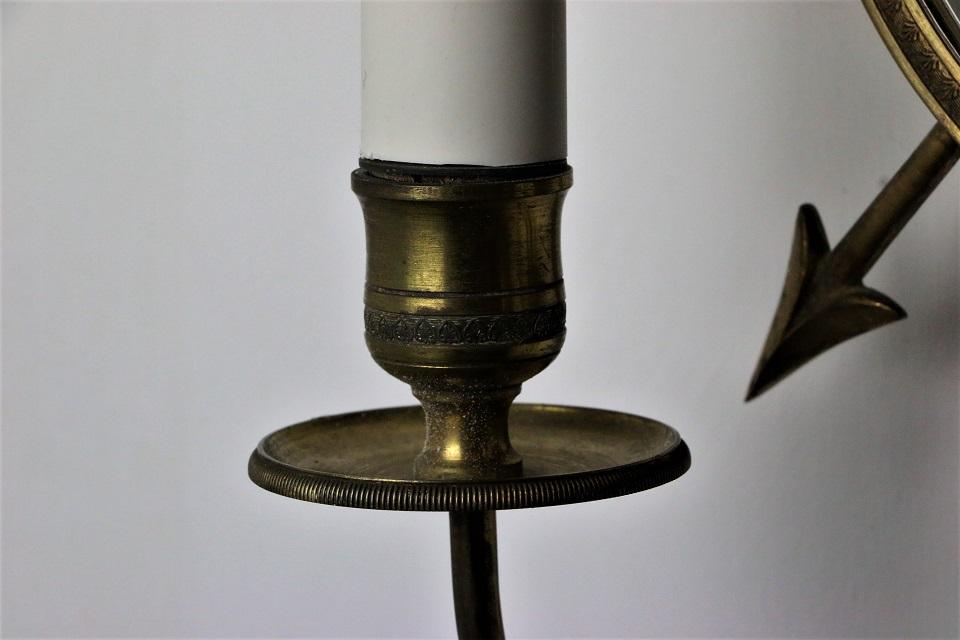 丸いミラーのついた2灯式の真鍮ウォールブラケットランプ 1375