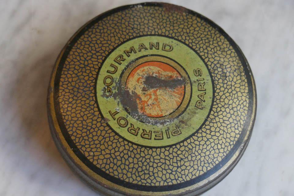 Pierrot Gourmand ピエログルマン オールドティンボックス 3022