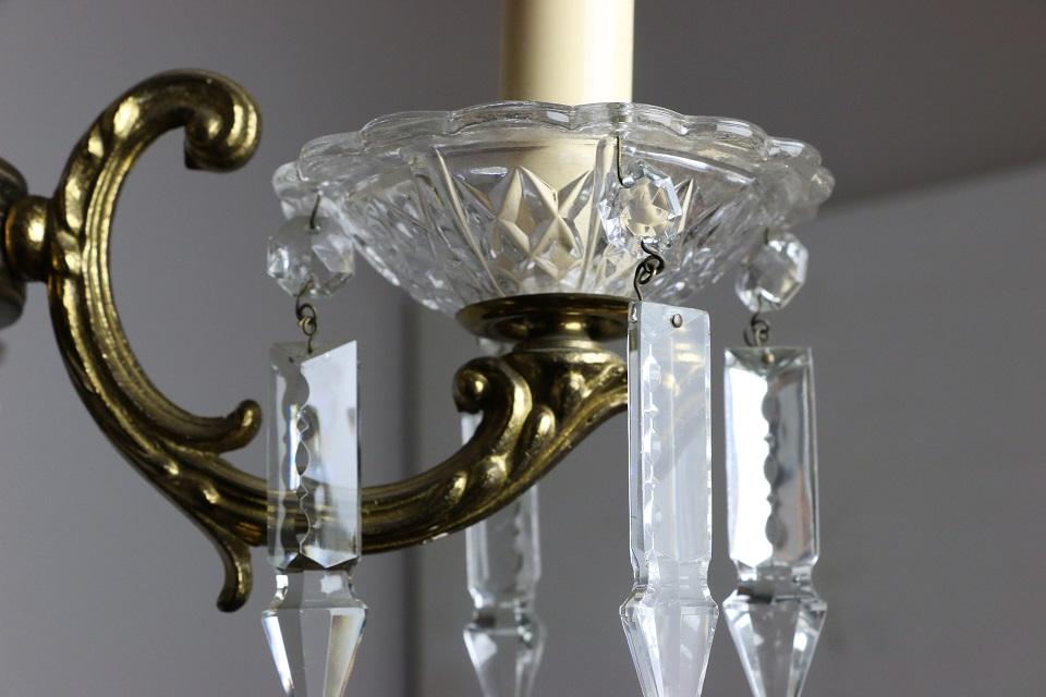カットガラスドロップの小さな真鍮シャンデリア 4735