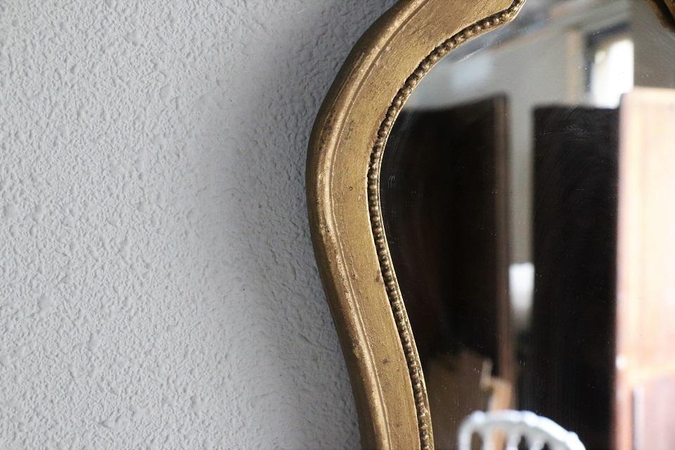 木製の小さなゴールドペインテッドミラー 4737
