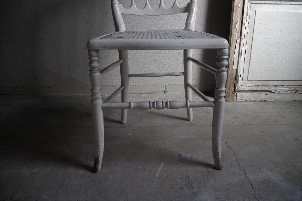 19世紀 白くペイントされたナポレオンチェアー 4755