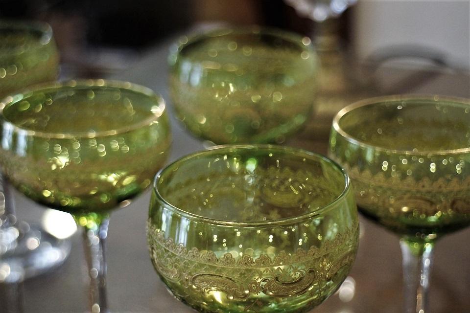 《 貸出中 》 サンルイ シャルトリューズ 金彩ワイングラス 113mm 4885