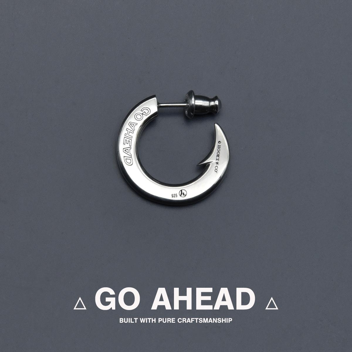 釣り針ピアス/GO AHEAD