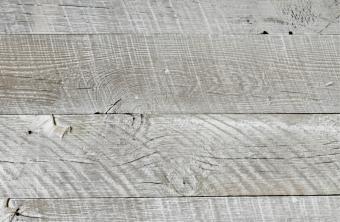 サスティナブルかつカーボンフリーな壁パネル スノーフェンス古材 Sundance White 幅=約100mm 1束=約1.8m2入り