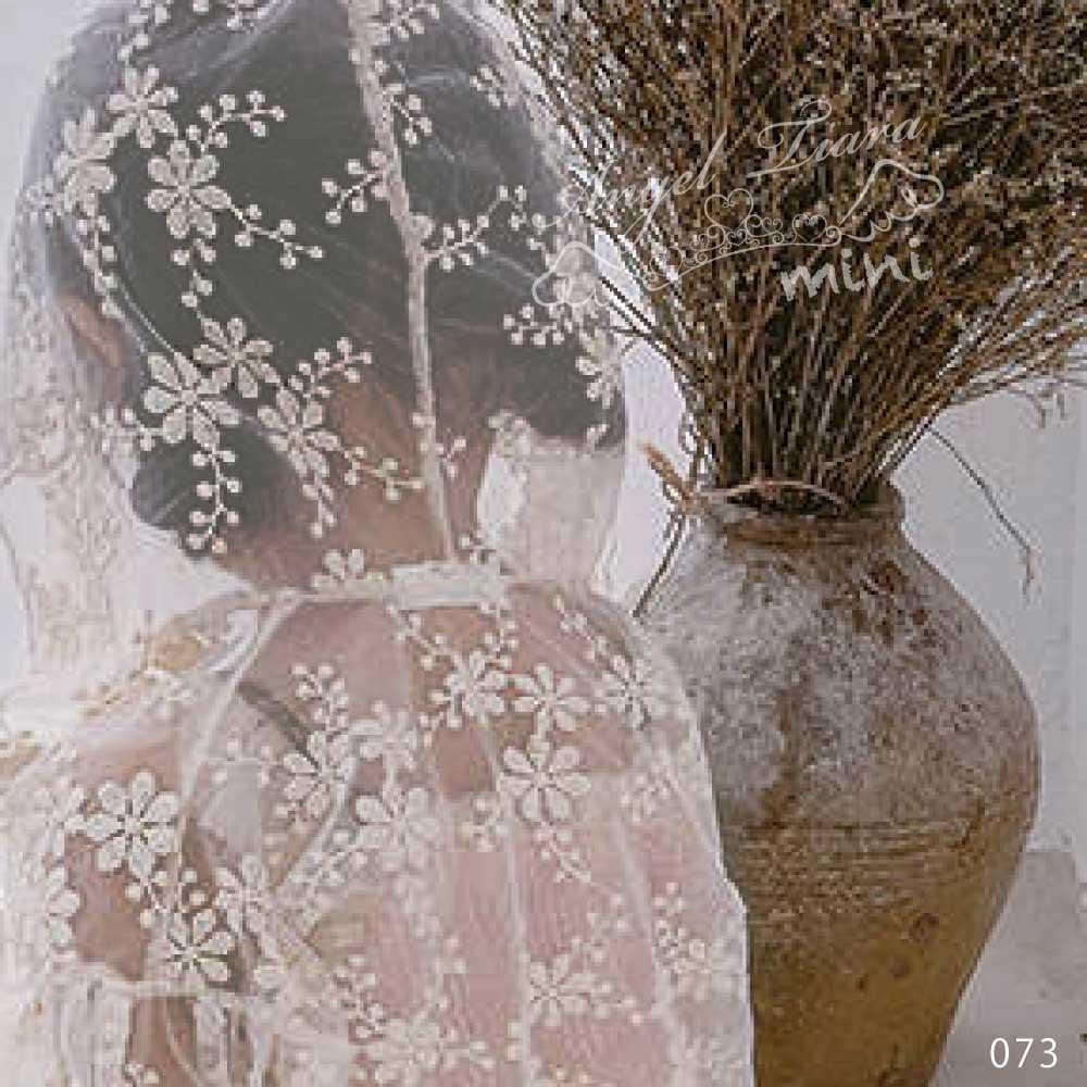 子供服 女の子 トップス 羽織 レースカーディガン レース 可愛い 春 秋 長袖 透け感 花柄 刺繍 透けレース KG073