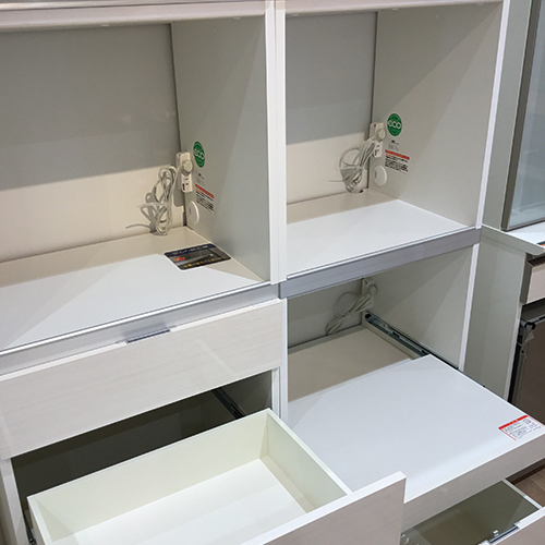 【170,900円より20%引】食器棚 ベルモント60 ホワイト/南船橋店展示品